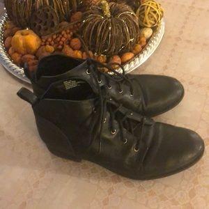 Steven midden black shoes